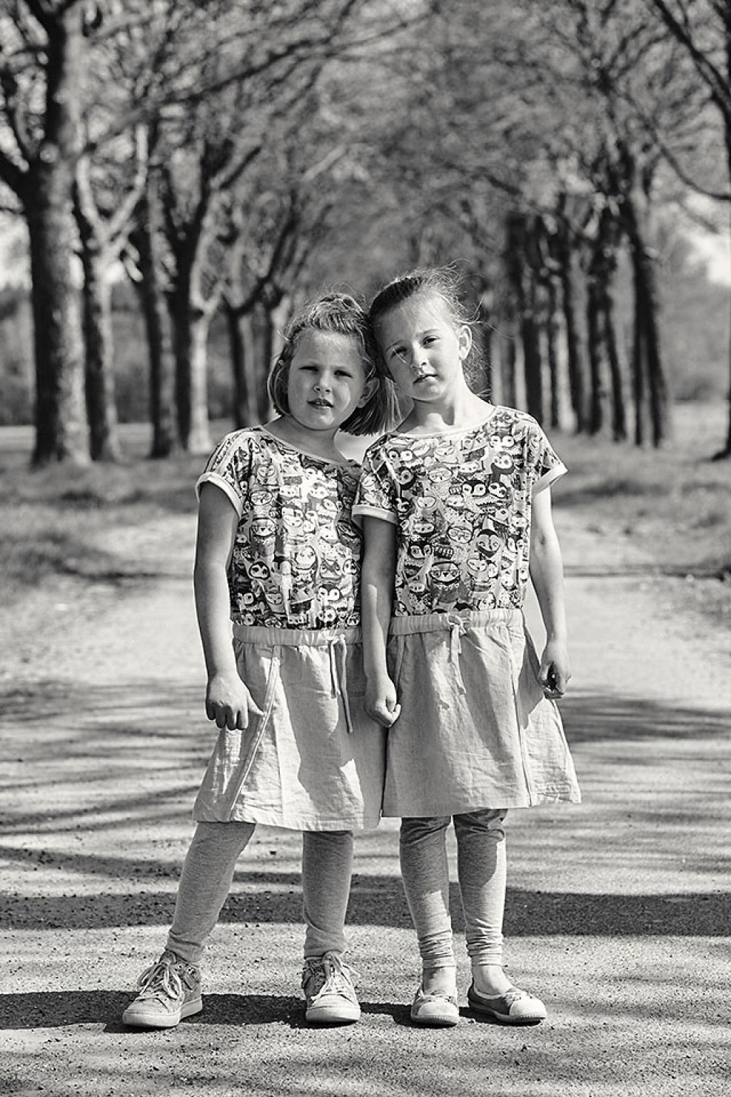 Portret van twee zusjes